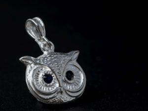 Ciondolo portafortuna civetta in argento