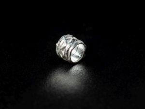 inserto cilindro in argento lavorato